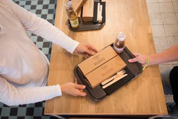 Mardi, restaurant fast food