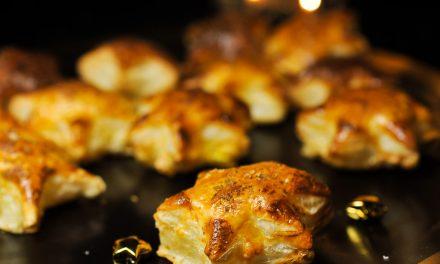 Étoiles feuilletées au foie gras