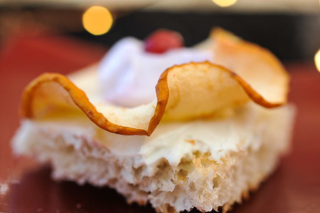 Société à tartiner sur chips de pomme