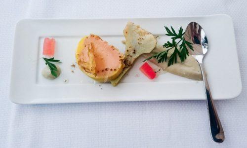 Mise en bouche : Foie gras et artichaut cuit à l'eau de Vichy Célestins