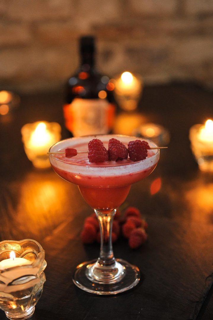 Framboizine, cocktail au rhum Diplomatico Mantuano et aux framboises