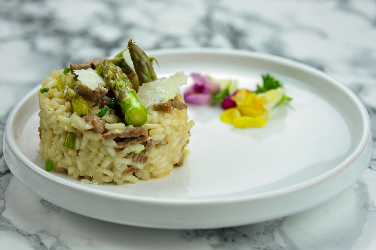 risotto d 39 agneau aux asperges vertes et parmesan framboize in the kitchen. Black Bedroom Furniture Sets. Home Design Ideas