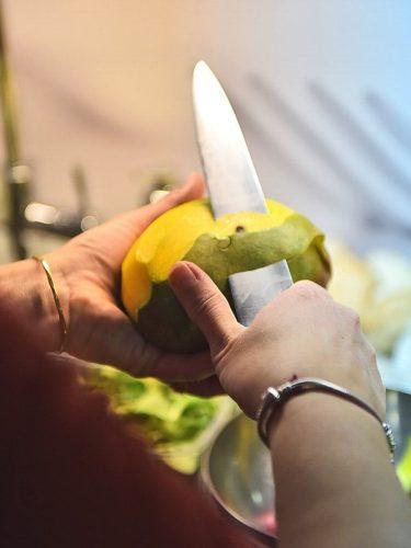 Epluchage mangue