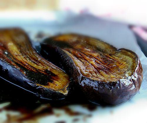 Le Roux Kitchen: Aubergines Grillées Et Chicorée Leroux