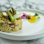 Risotto d'agneau aux asperges vertes et parmesan