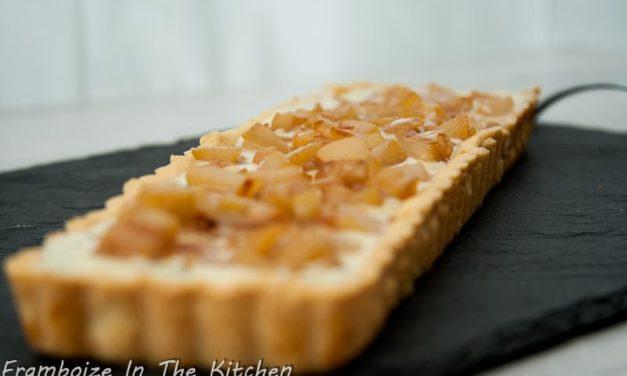 Tarte aux pommes, chocolat blanc amande basilic