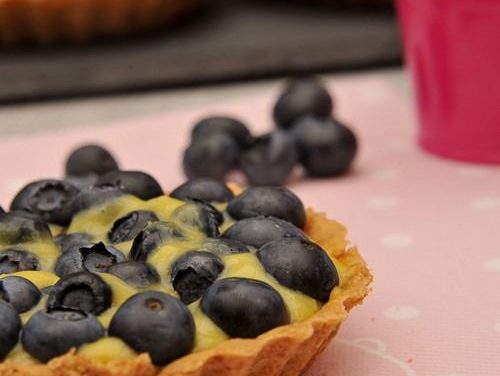Blueberry and lemon curd tartlets