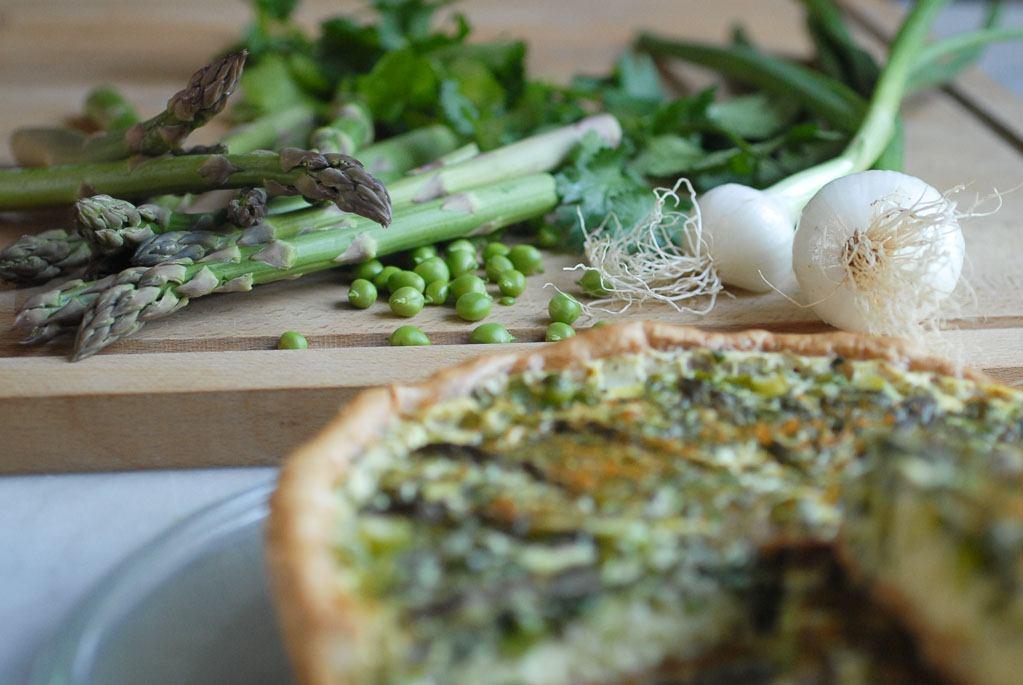 Tarte végétarienne aux légumes de printemps