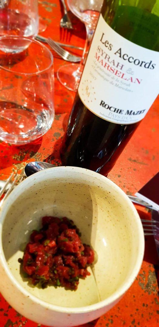 Boeuf maturé 190 jours, oeufs de poissons et sauce soja maison de 8 mois, avec Les Accords Syrah & Marselan