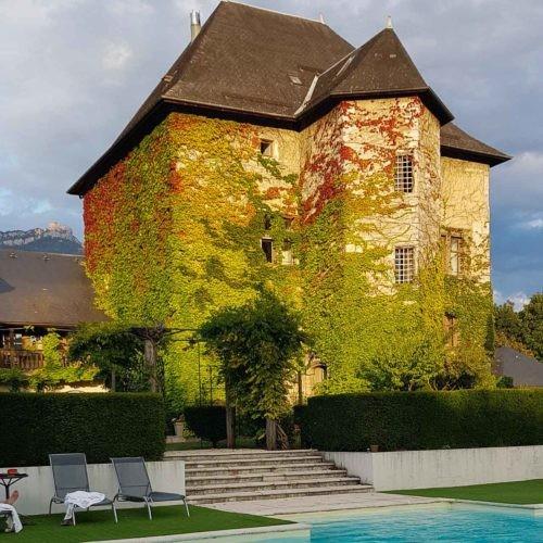 Château de Candie, et sa piscine extérieure