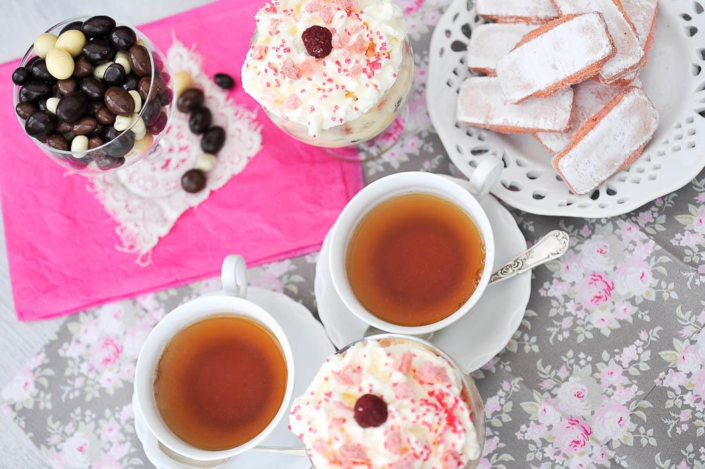 Tiramisu aux biscuits roses de Reims et à la framboise