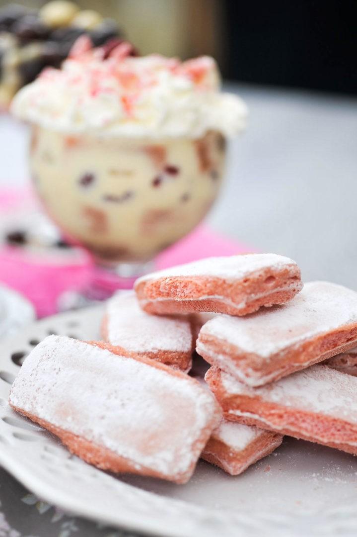 Mon trop bon Tiramisu aux biscuits roses de Reims et à la framboise