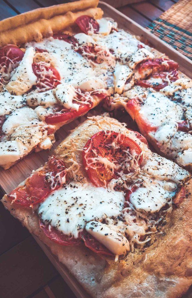 Tarte à la tomate et aux 4 fromages