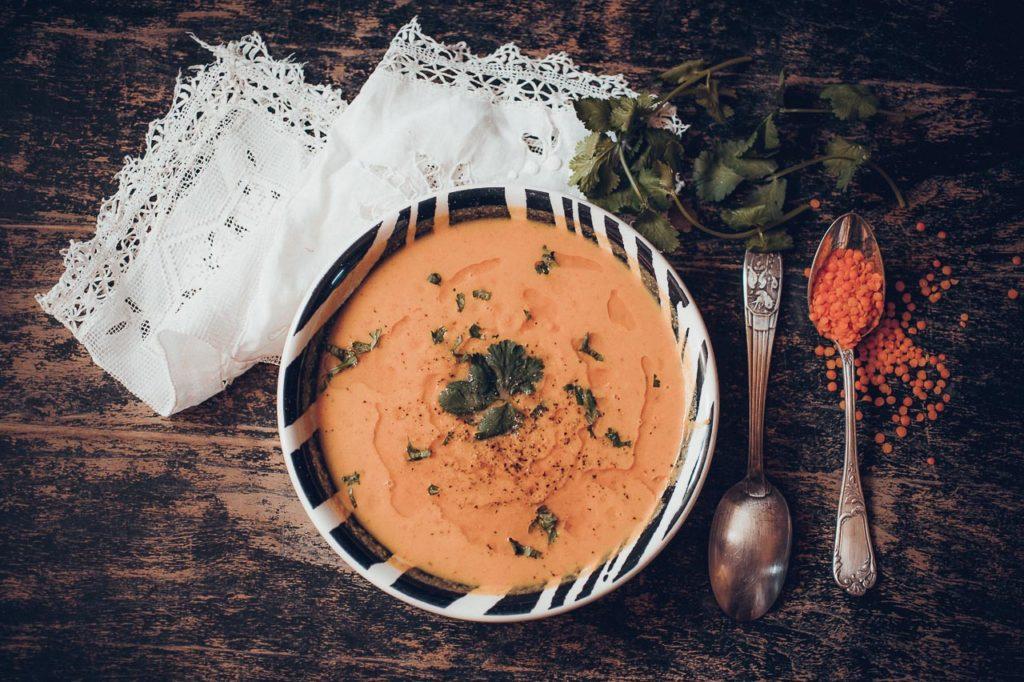 soupe de lentilles corail et carottes et citron vert