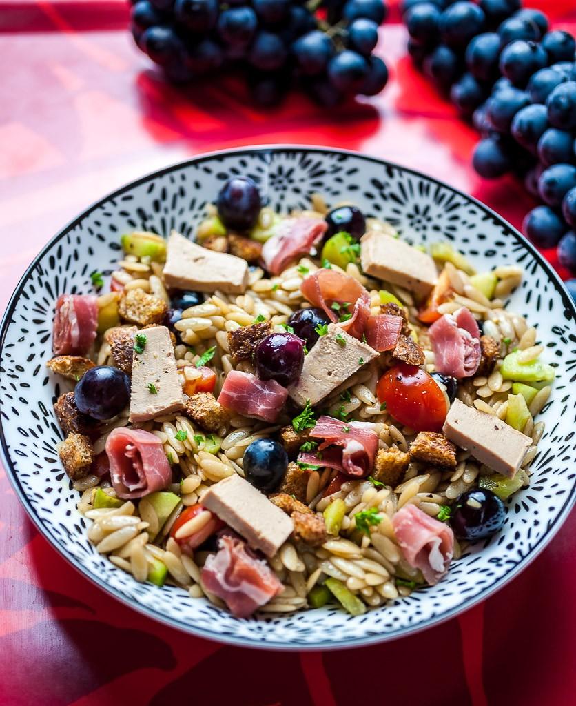 Déilcieuse salade sucrée salée de foie gras raisin muscat AOP Mont Ventoux