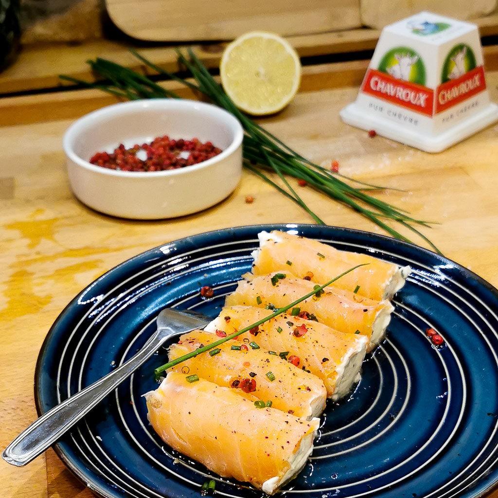 Délicieux roulés de saumon fumé et fromage de chèvre frais chavroux