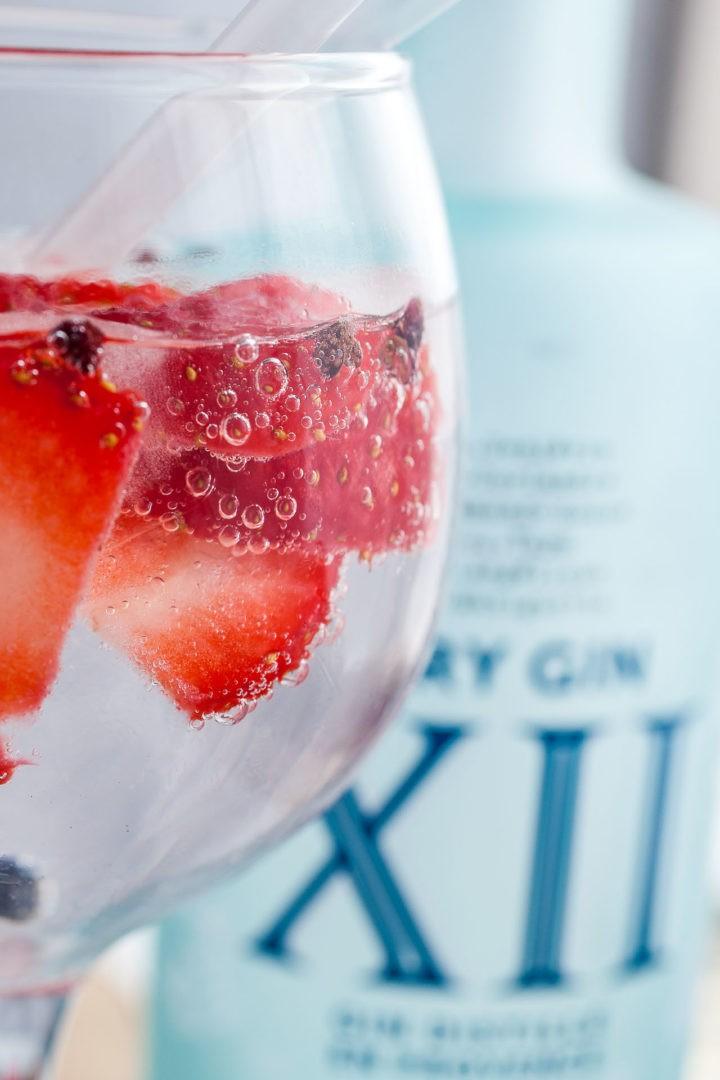 Gin XII tonic, fraise et poivre- du sishuan