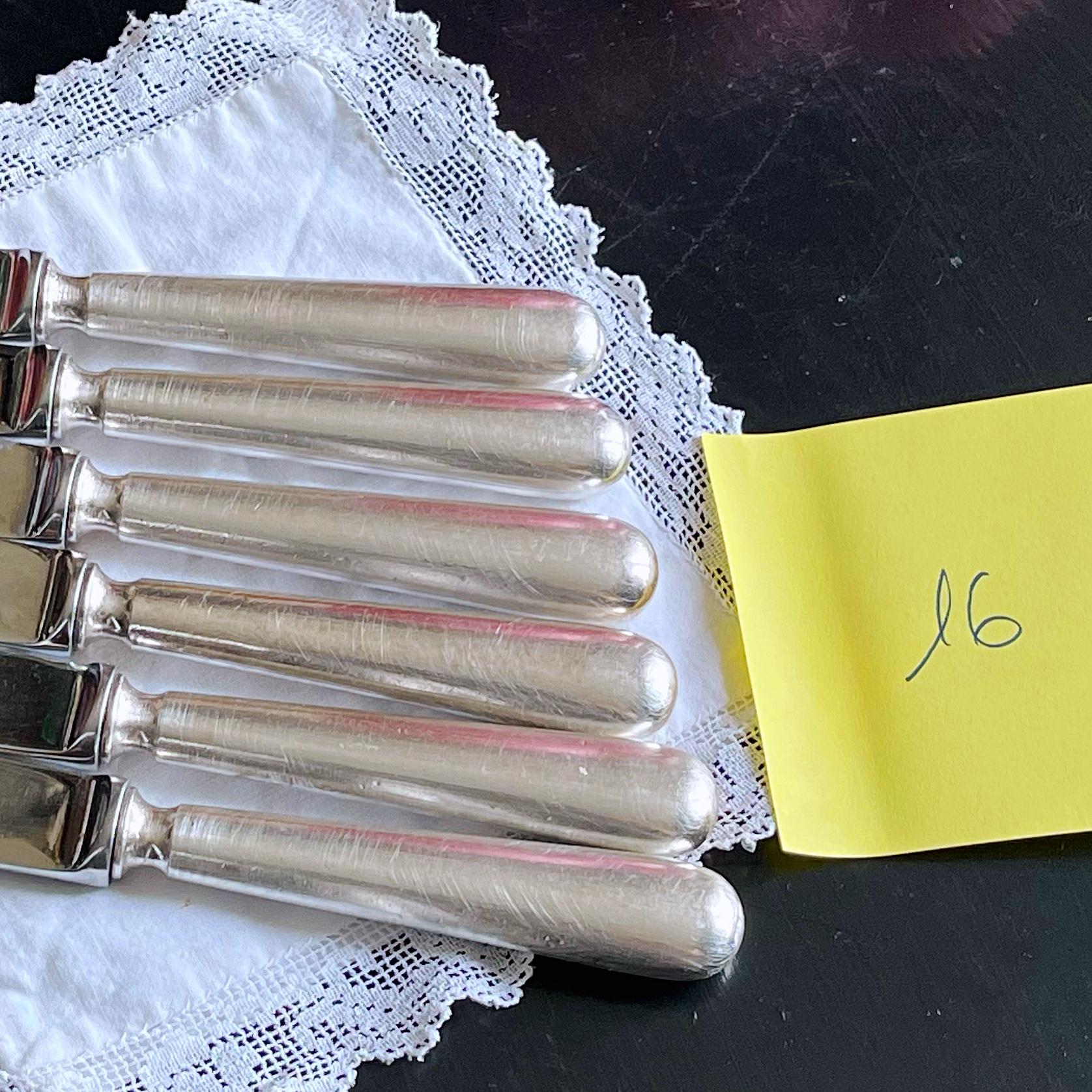 detail 6 couteau en argent