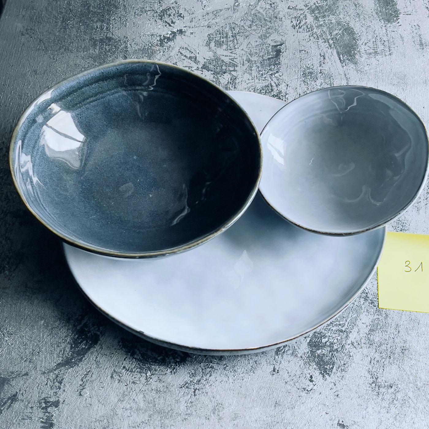 Assiette faïence bleues-gris